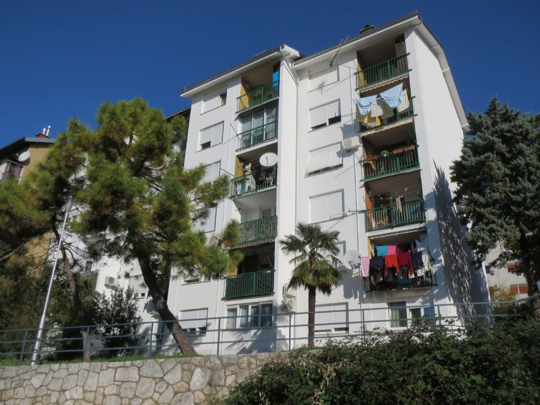 Završena je obnova fasade na adresi Branimira Markovića 22 u Rijeci (Podmurvice)